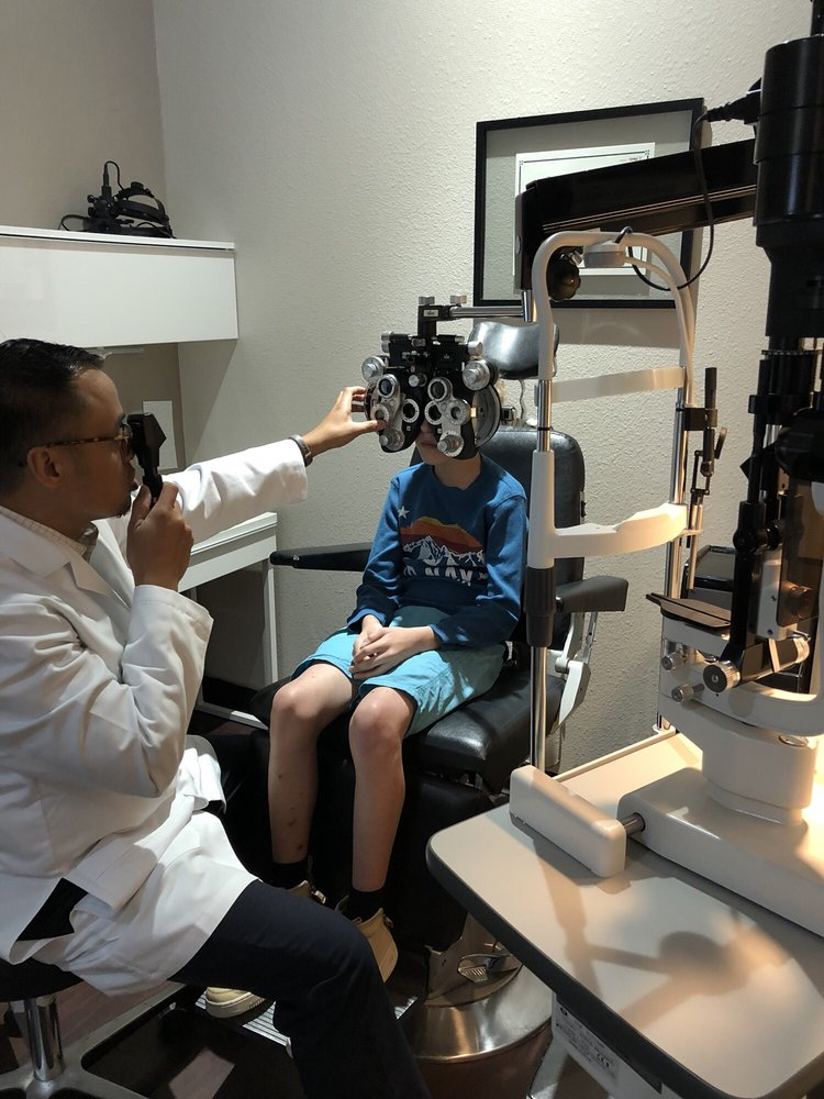 Eyecare Essentials: 12921 Shops Pkwy, Bee Cave, TX