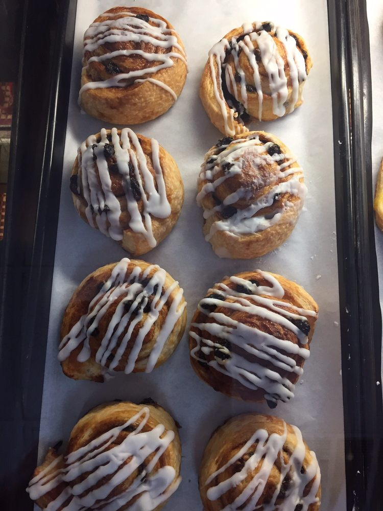 Bakery Makel: 2140 Drew St, Clearwater, FL
