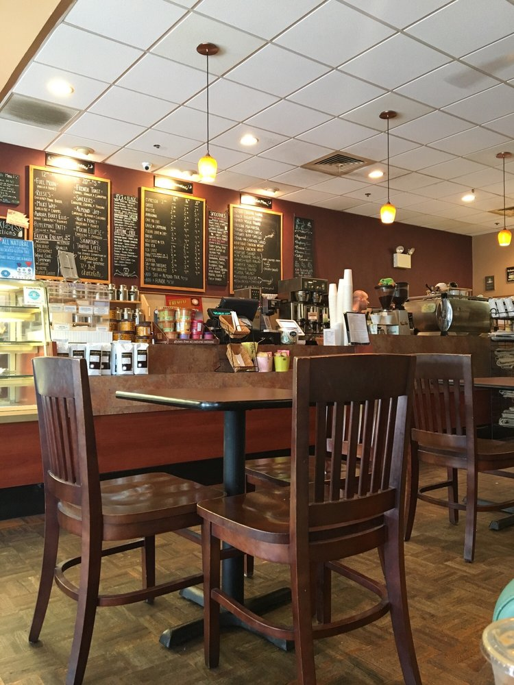 Crescent Moon Coffee & Tea: 141 Bridgeton Pike, Mullica Hill, NJ
