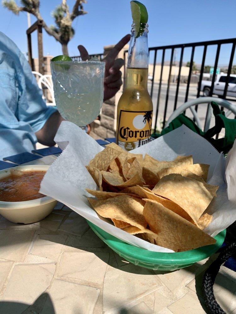 Las Palmas Restaurant: 55792 Twentynine Palms Hwy, Yucca Valley, CA
