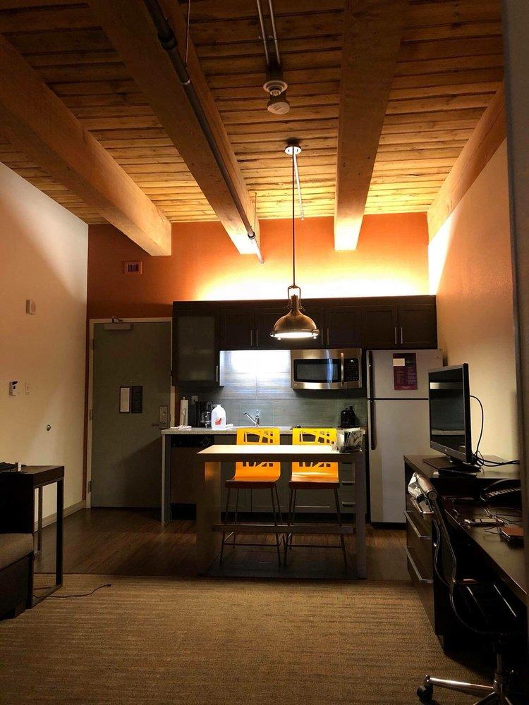 Residence Inn by Marriott Boston Downtown/Seaport: 370 Congress St, Boston, MA
