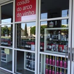 2ee1895a07ae2 Coisas do Arco do Vinho - Enoteca - Centro Cultural de Belém, Rua ...
