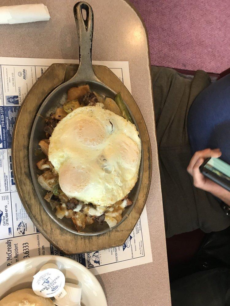 Sunrise Family Restaurant: 475 Sand Creek Dr, Chesterton, IN