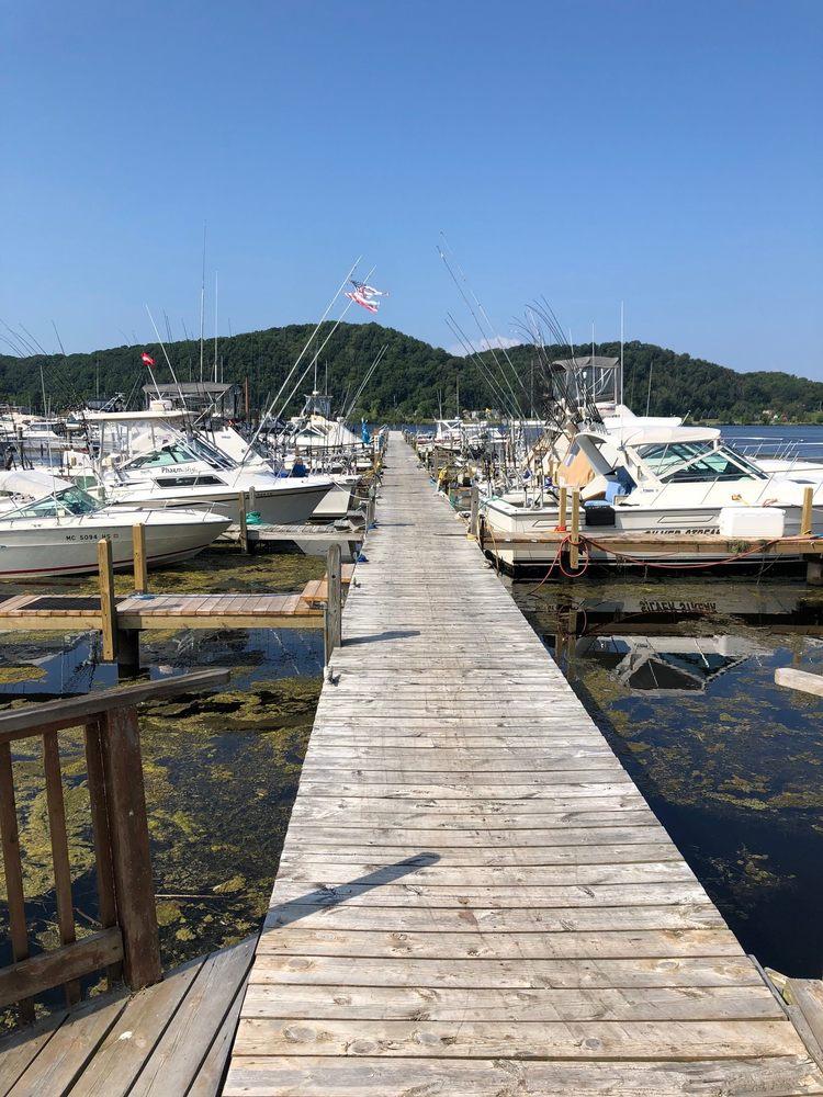 East Shore Marina: 324 Lake St, Frankfort, MI