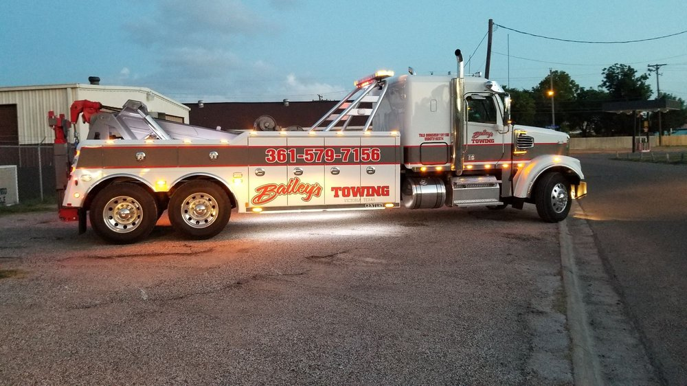 Towing business in Victoria, TX