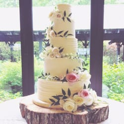 Superb Photo Of Artista Cakes   Asheville, NC, United States. 5 Tier Wedding Cake