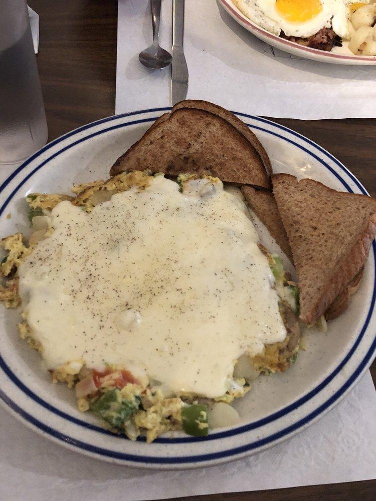 Brandy's Sunrise Restaurant: 7627 State Rt 3, Pulaski, NY