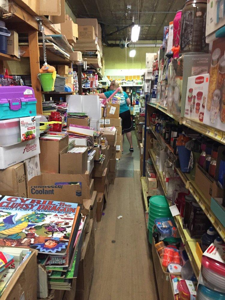Horsfall Lansing Variety Store: 300 Main St, Lansing, IA