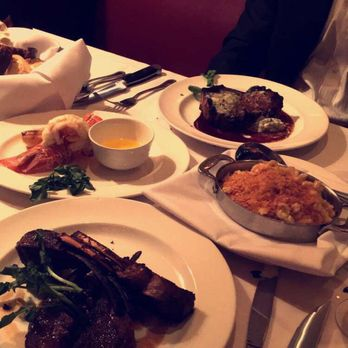 The Capital Grille 704 Photos 420 Reviews Steakhouses 630 Old Country Rd Garden City