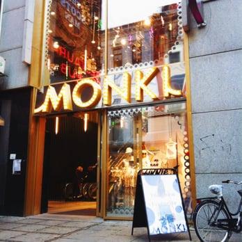 Monki karl johans gate åpningstider