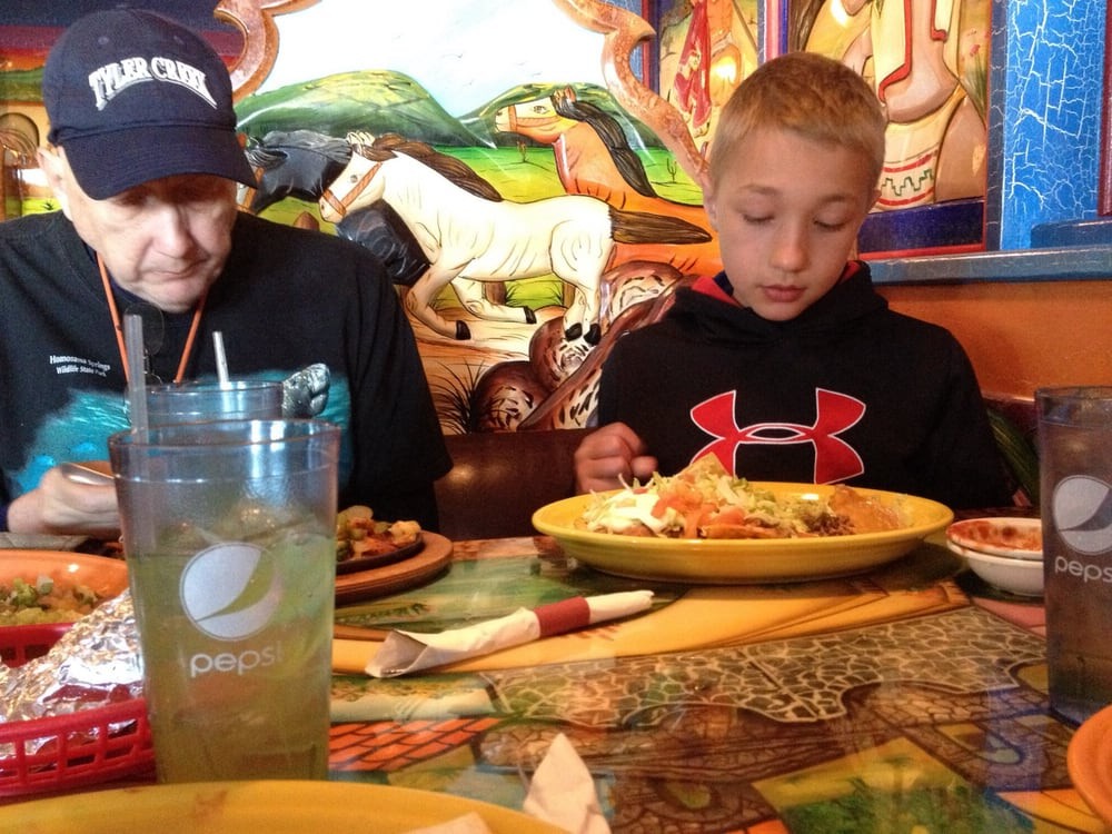 Guadalajara Grill Mexican Restaurant: 9918 E Washington St, Indianapolis, IN