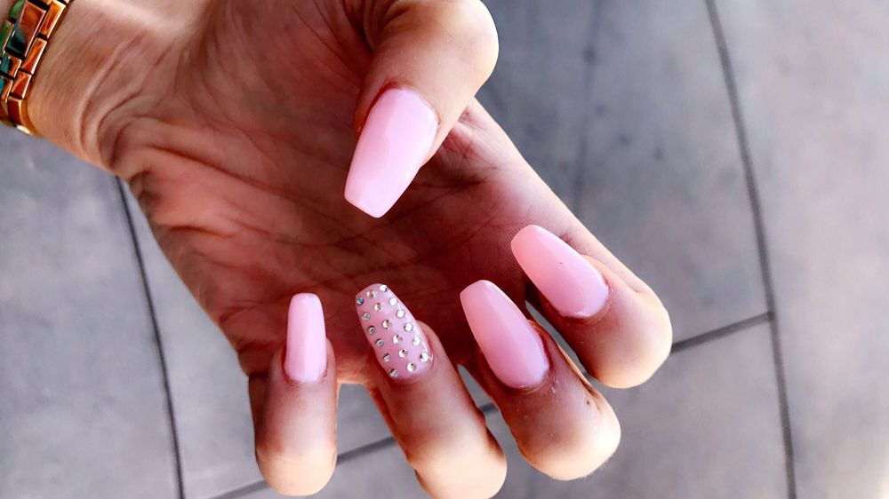 Lynn Nails - 94 Photos & 119 Reviews - Nail Salons - 874 Blossom ...