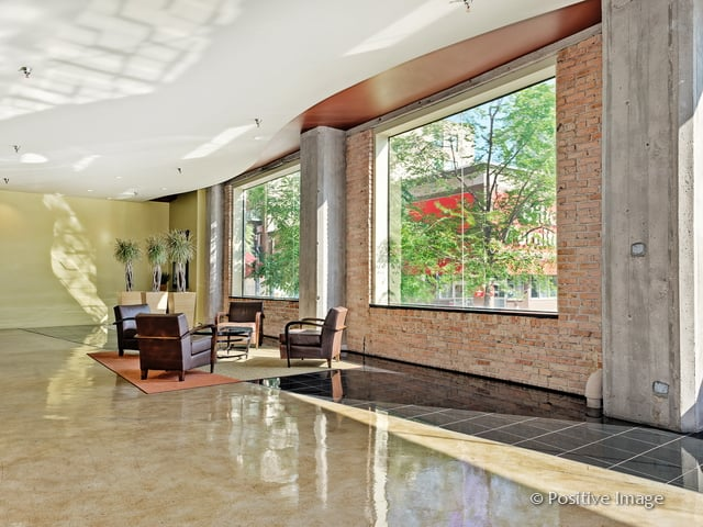 Haberdasher Square Lofts: 728 W Jackson Blvd, Chicago, IL