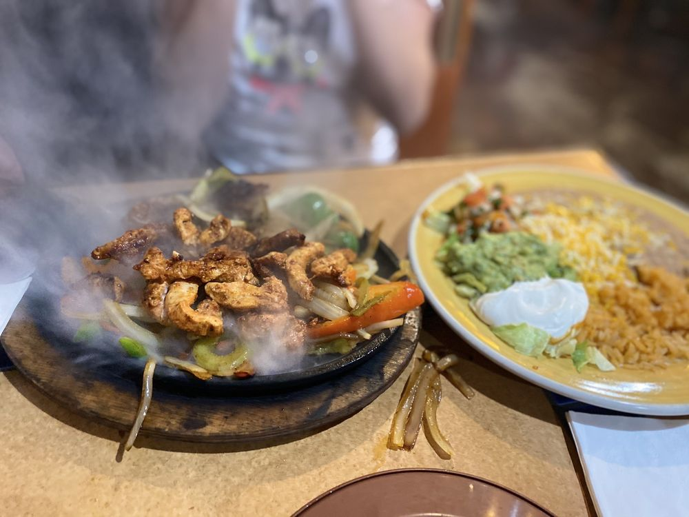 Casa Grande Mexican Restaurant & Cantina: 1655 Robb Dr, Reno, NV