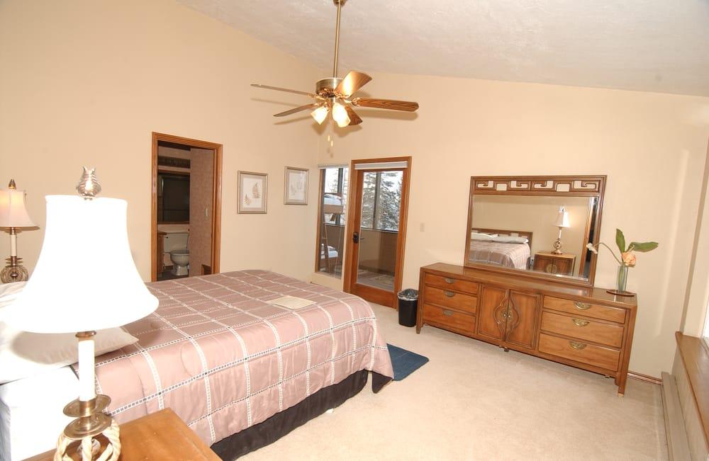 Copper Chase Condominiums: 150 W Ridge View Dr, Brian Head, UT