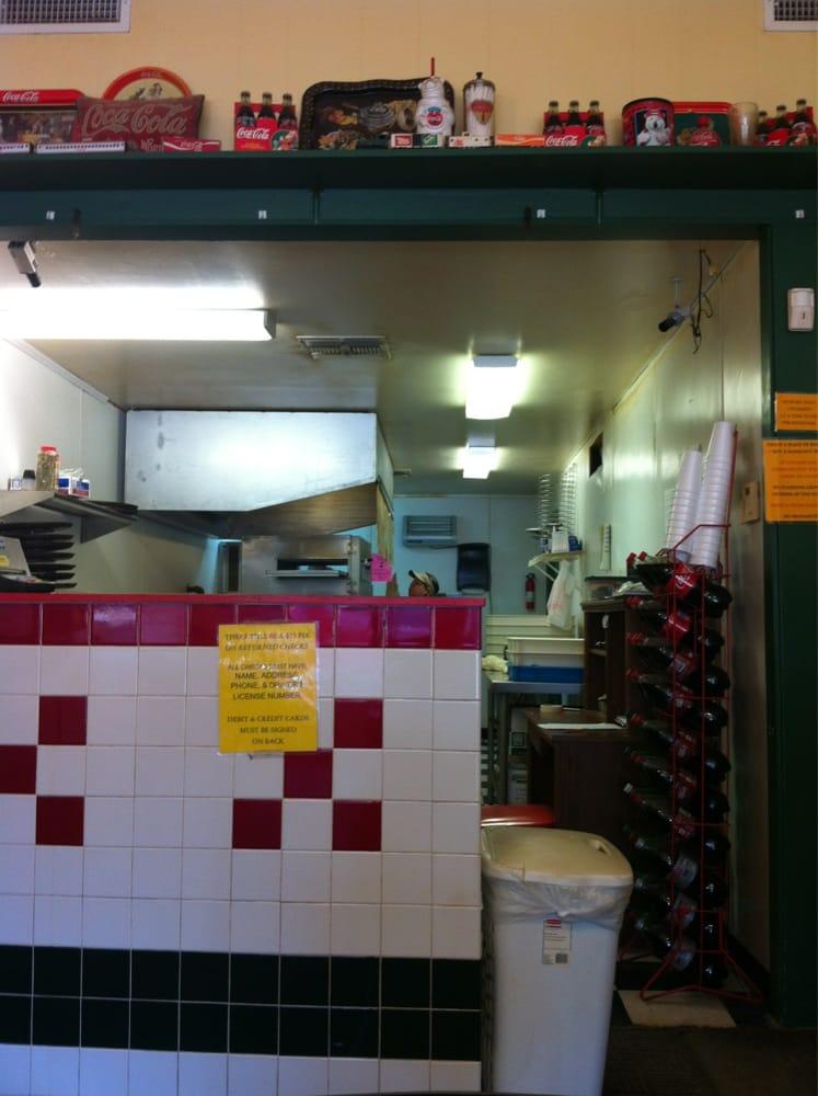 Pizza Pro: 705 Broadway, Smackover, AR