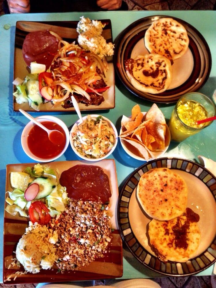 Salvadorean food from El Cafetalito