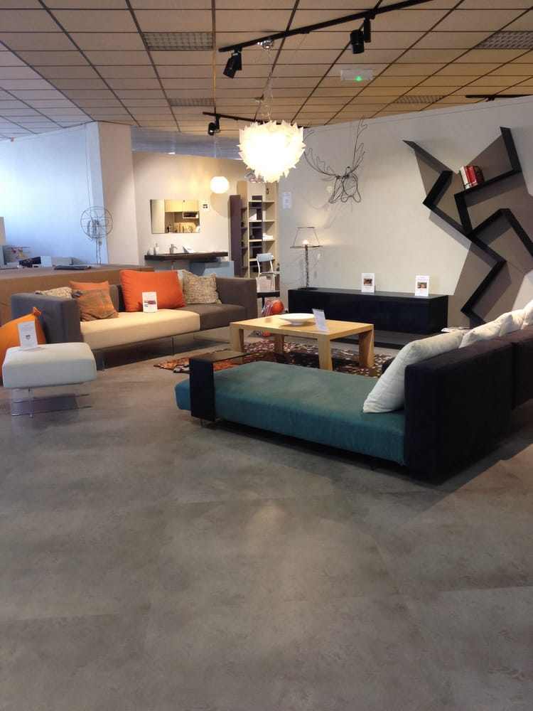 Best ligne roset home decor ave de la marne mrignac for Maison du monde gironde