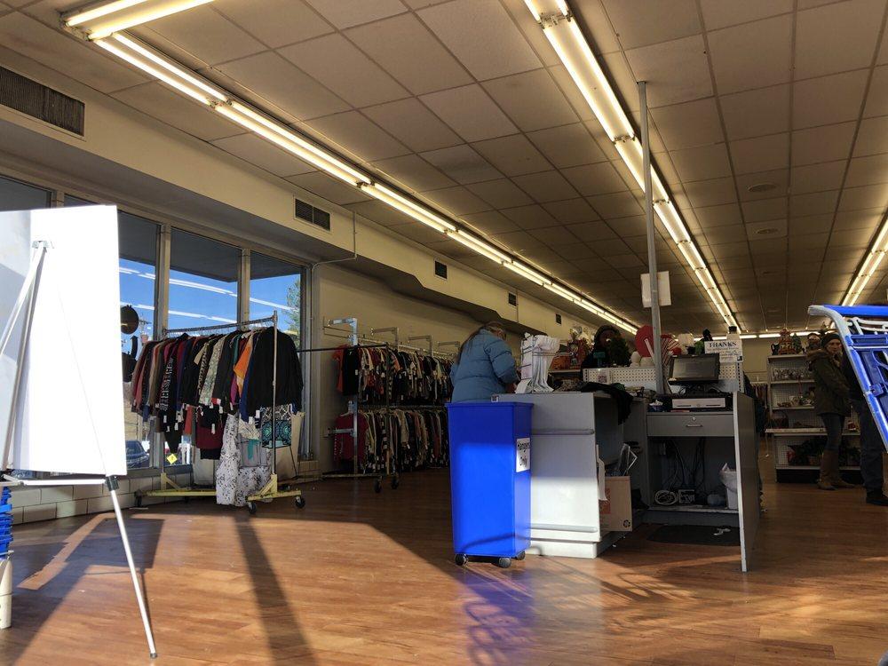 Goodwill: 3980 N Bend Rd, Cincinnati, OH