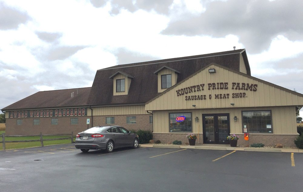 Kountry Pride Farms Sausage & Meat Shop: 8899 State Road 21, Omro, WI