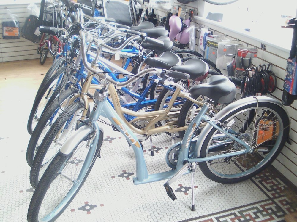 Arnold's Bikes: 831 W Main St, Thomson, IL