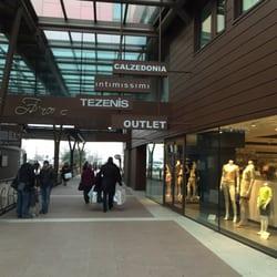 Veneto Designer Outlet - 16 Photos - Outlet Stores - Via Marco Polo ...