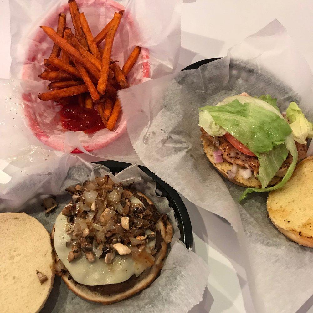 Retro Burger & Ice Cream: 795 Massachusetts Ave, Arlington, MA