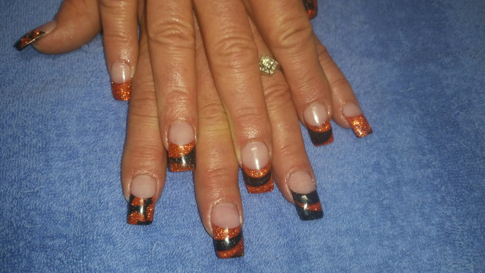 Solar Nails: 401 40th Ave SW, Minot, ND
