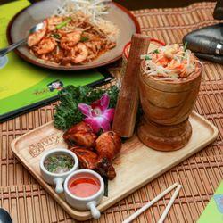 I Am Thai Cuisine Order Food Online 732 Photos 407 Reviews