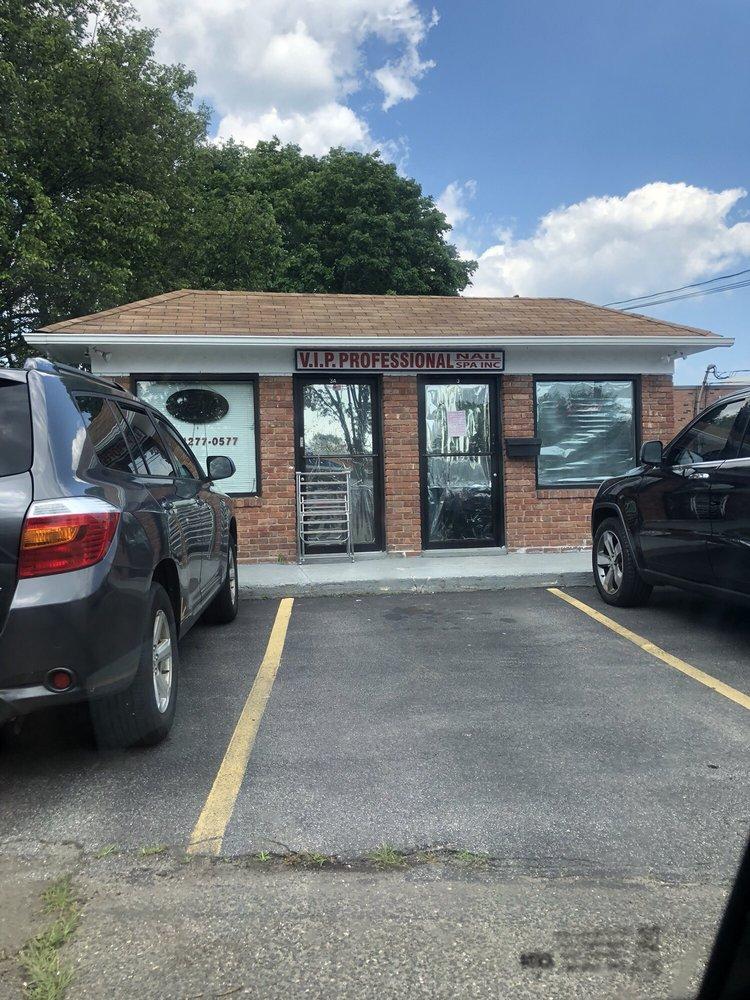 UuNails: 3 Arkays Ave, East Islip, NY