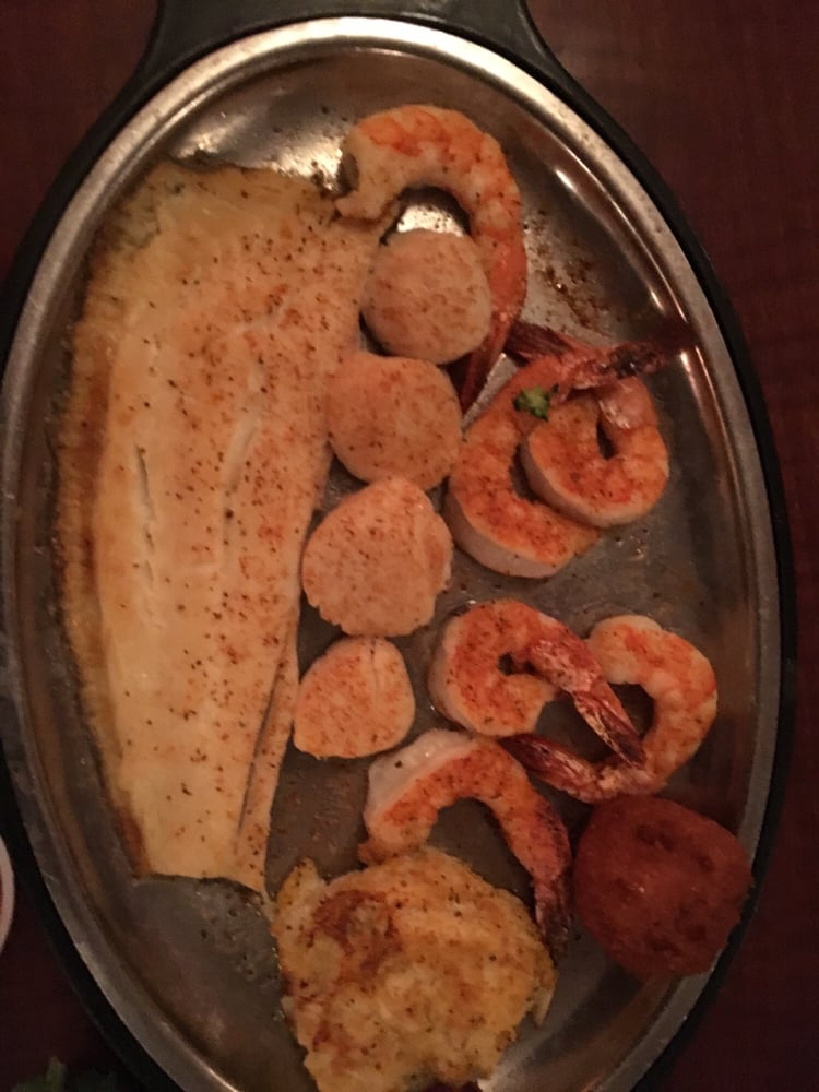 Surf Rider Restaurant: 2449 Old Taylor Rd, Chesapeake, VA