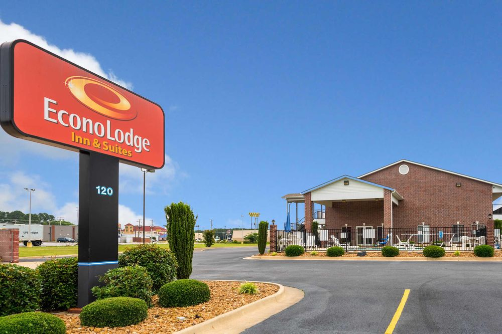 Econo Lodge Inn & Suites: 120 North Rand Drive, Searcy, AR
