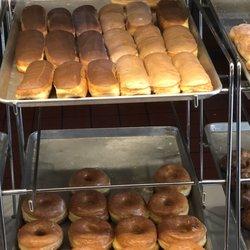 Donut Star 21 Photos 11 Reviews Donuts 1430 E Mcfadden Ave
