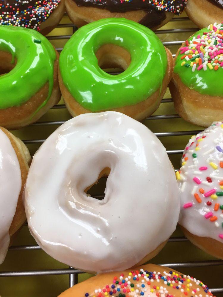 Morehouse Donuts: 714 E Madison Ave, Bastrop, LA
