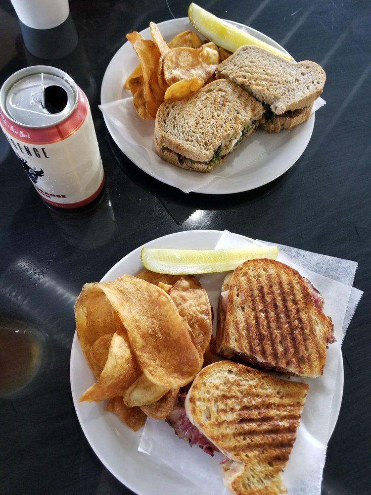Power City Eatery: 444 3rd St, Niagara Falls, NY