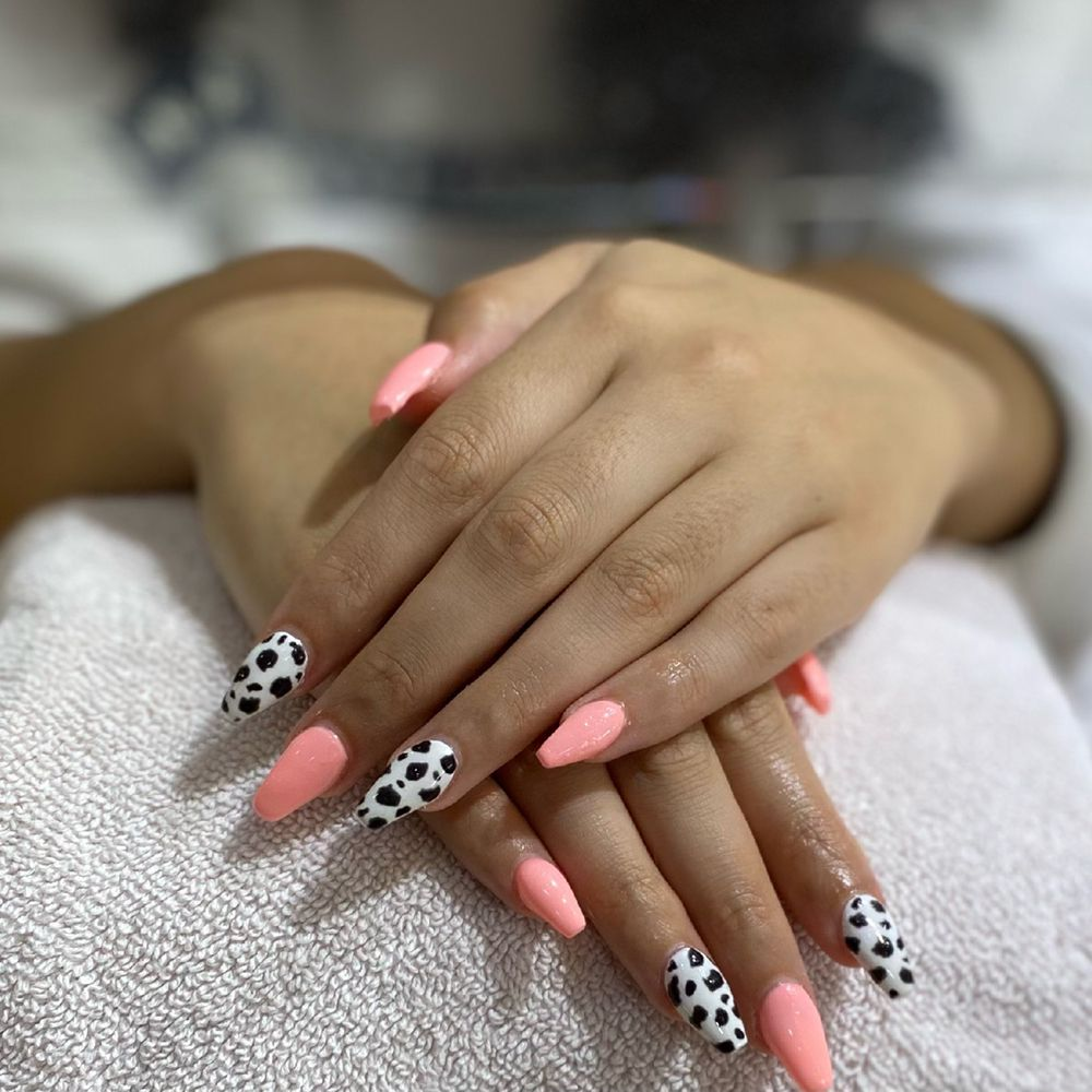 Love Nails and Spa: 8194 Princeton Glendale Rd, West Chester Township, OH