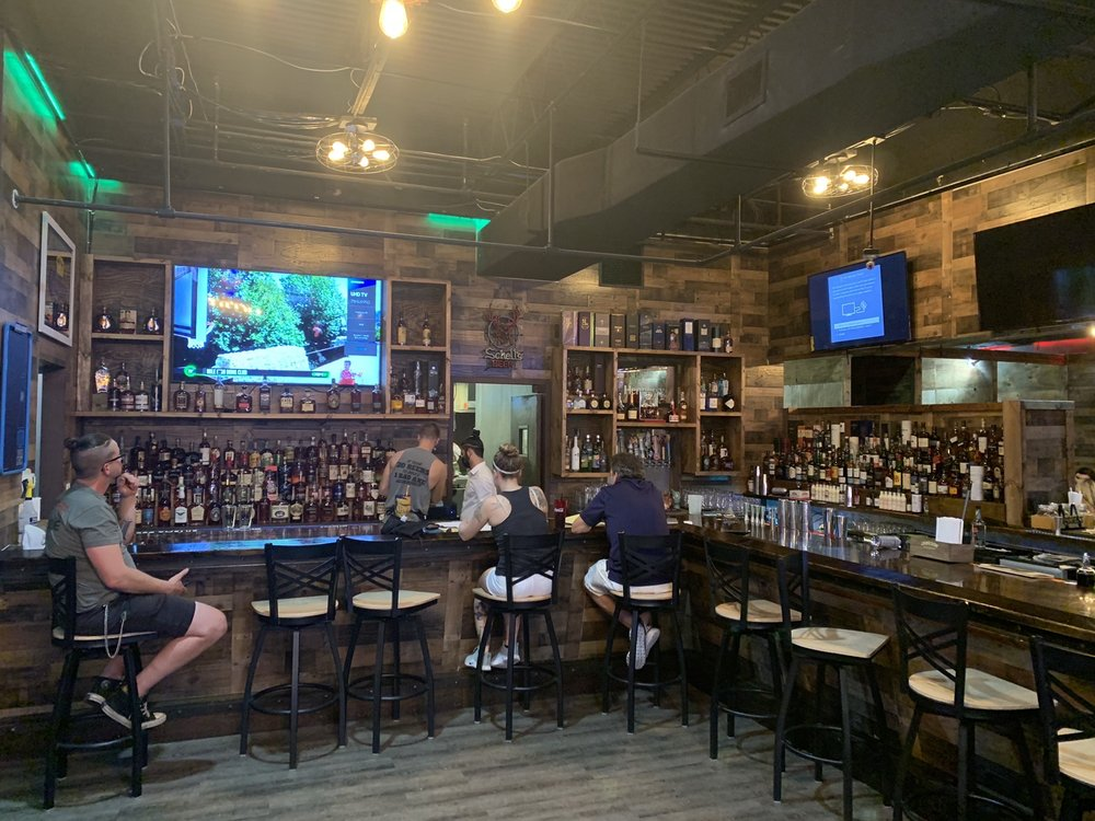 Lumber Axe Bar & Grille: 2158 Colonial Blvd, Fort Myers, FL