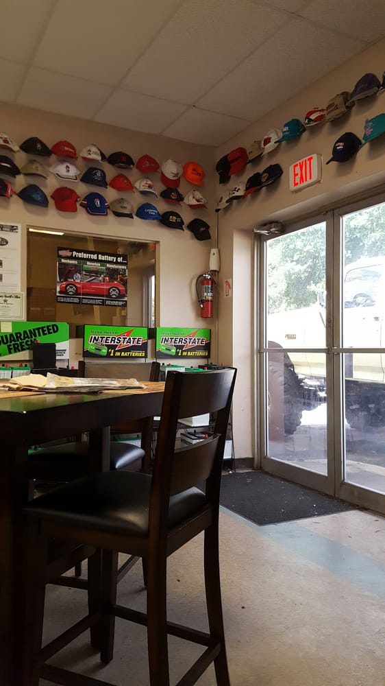 Custom Tire & Auto: 339 Pine Island Rd, North Fort Myers, FL