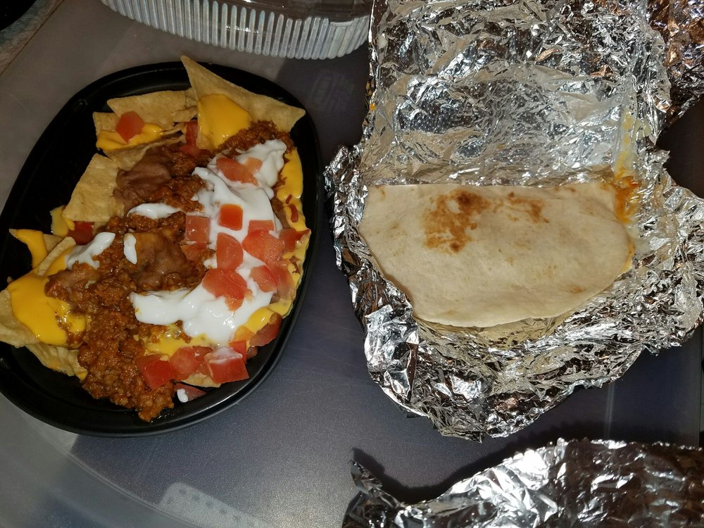 Taco Bell: 1060 East Van Fleet Drive, Bartow, FL