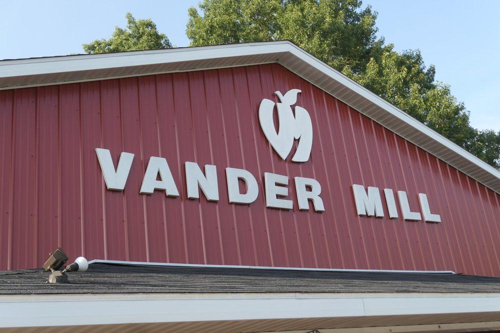 Vander Mill Ciders: 14921 Cleveland St, Spring Lake, MI