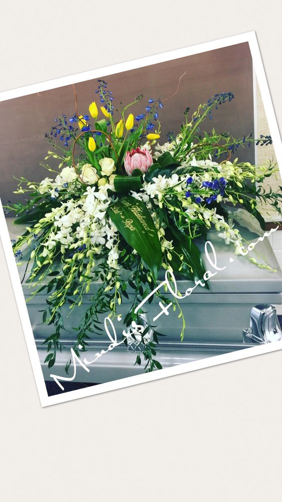 Mindi's Floral: Midvale, UT