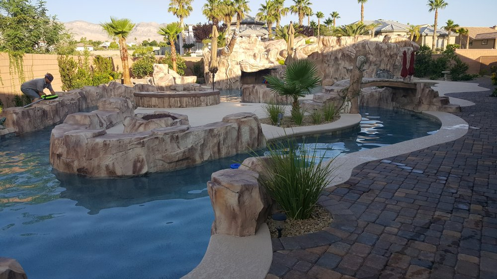 Hammerhead Pool Service and Maintenance