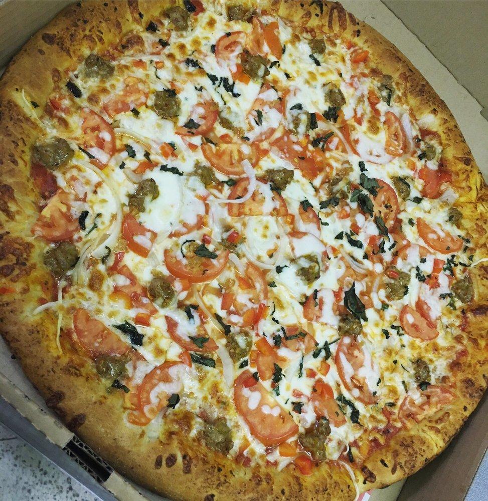 Blake's Pizzeria & Ice Cream: 31722 W Eugene St, Carnation, WA