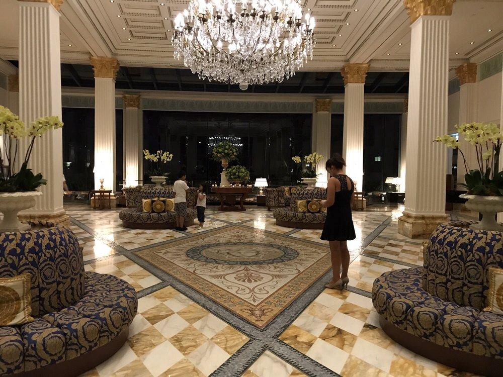 palazzo versace 51 billeder 10 anmeldelser hoteller rejse sea world drv main beach. Black Bedroom Furniture Sets. Home Design Ideas