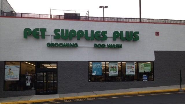 Pet Supplies Plus: 74-17 Grand Ave, Maspeth, NY