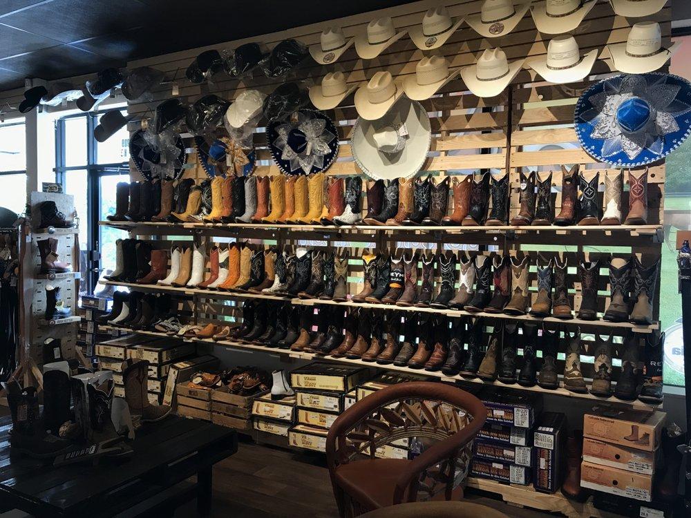 Laredo Western Wear: 3209 S Cobb Dr SE, Smyrna, GA