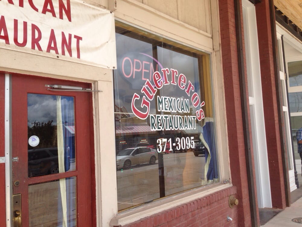 Guerreros Restaurant: 504 S 1st St Hwy 70, Madill, OK