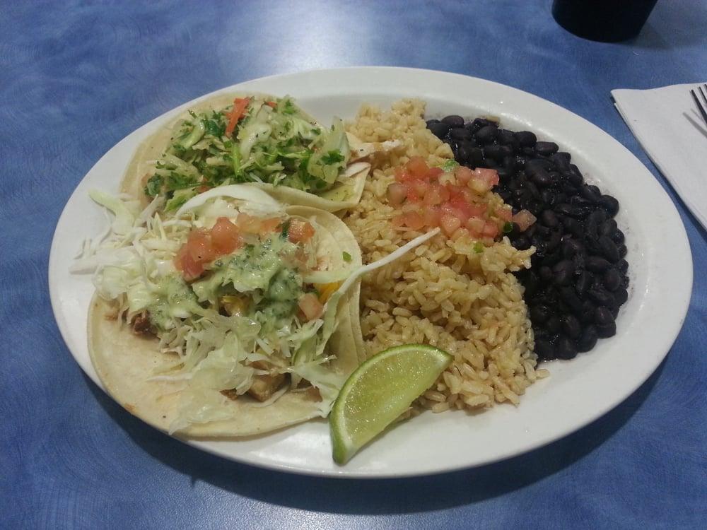 Cajun fish taco slaw fish taco black beans and brown for Fish taco slaw
