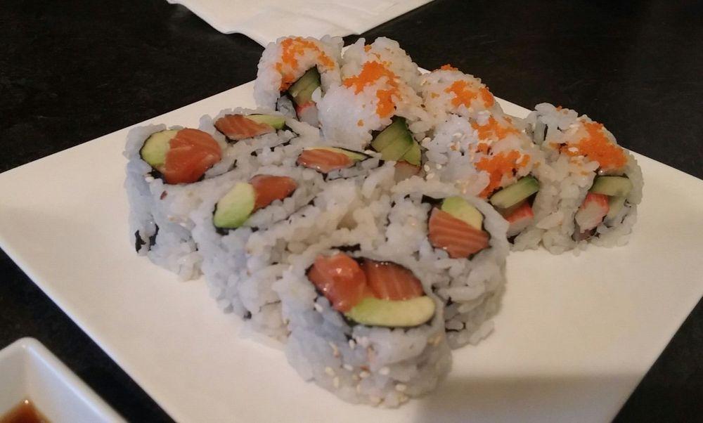 Sushi Jade: 992 University Avenue W, Windsor, ON
