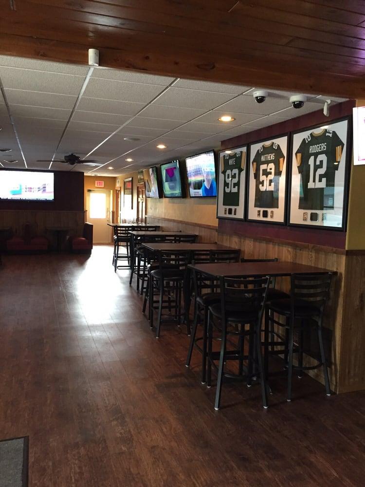 Brothers' Pub: 5867 N Lake Dr, Shawano, WI